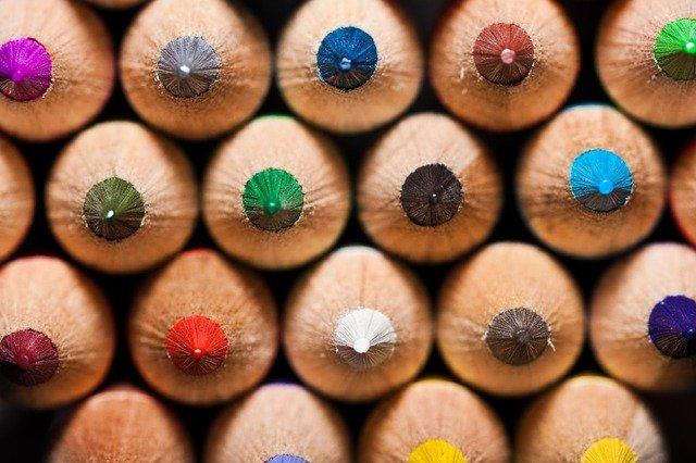 colored-pencils-1053282_640
